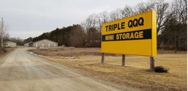 QQQ Storage N2403 Old Highway 22 Waupaca, WI - Photo 0