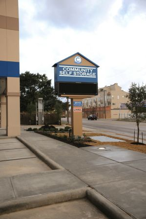 Community Self Storage - Inner Loop 2515 Washington Avenue Houston, TX - Photo 2