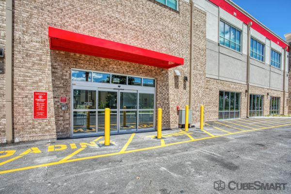 CubeSmart Self Storage - Oviedo - 1010 Lockwood Blvd 1010 Lockwood Boulevard Oviedo, FL - Photo 5