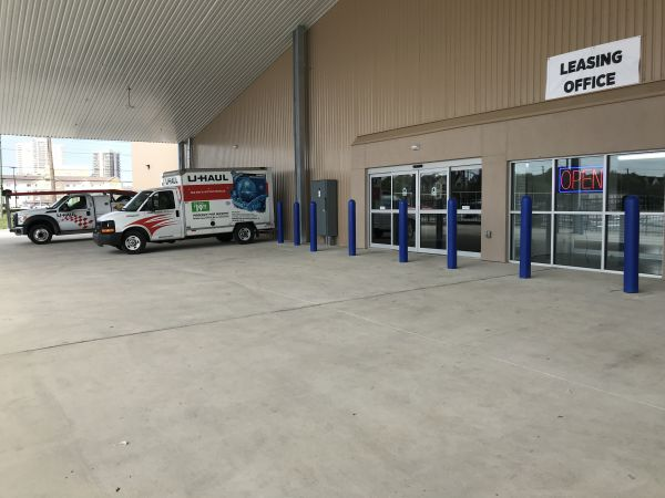 Community Self Storage - Bellaire / West U / Galleria 5611 South Rice Avenue Houston, TX - Photo 2