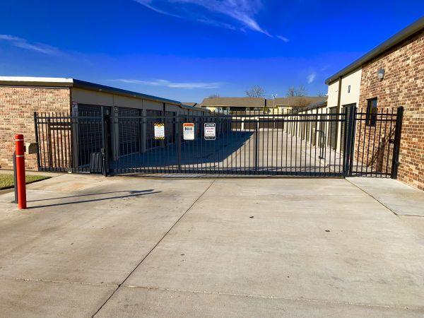 The Locker Room 3007 Southwest 59Th Street Oklahoma City, OK - Photo 7