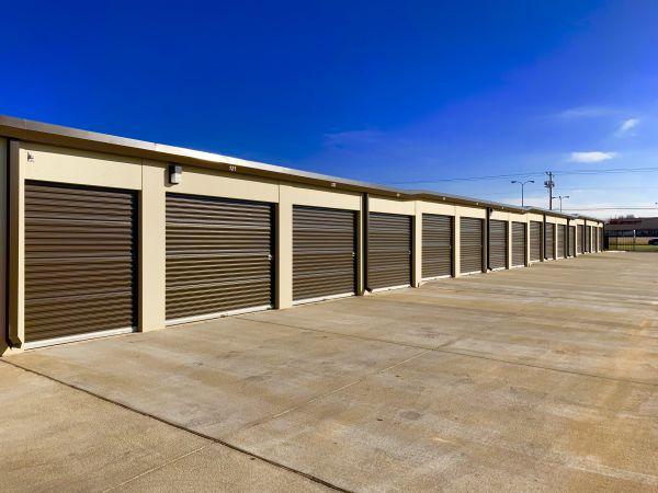 The Locker Room 3007 Southwest 59Th Street Oklahoma City, OK - Photo 9