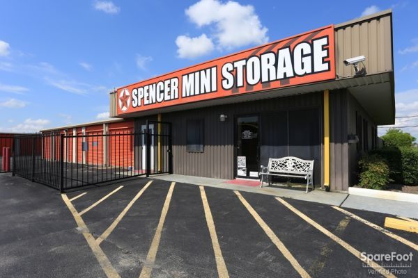 Spencer Mini Storage 11220 Spencer Highway La Porte, TX - Photo 4