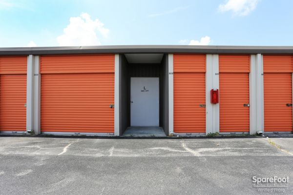 Spencer Mini Storage 11220 Spencer Highway La Porte, TX - Photo 10