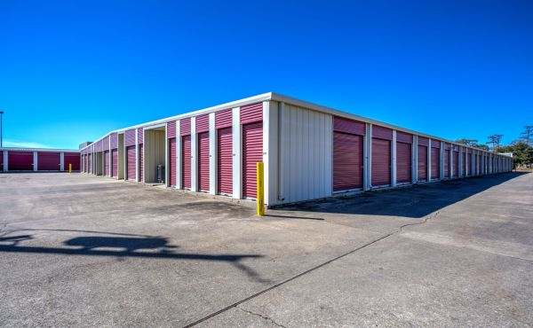 Southern Self Storage - Chalmette 3301 Jean Lafitte Parkway Chalmette, LA - Photo 2