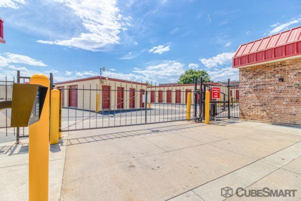 CubeSmart Self Storage - Broomfield 2050 West 6Th Avenue Broomfield, CO - Photo 5