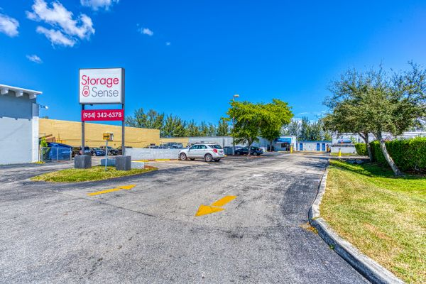 Storage Sense - Hallandale Beach 450 Ansin Boulevard Hallandale Beach, FL - Photo 4