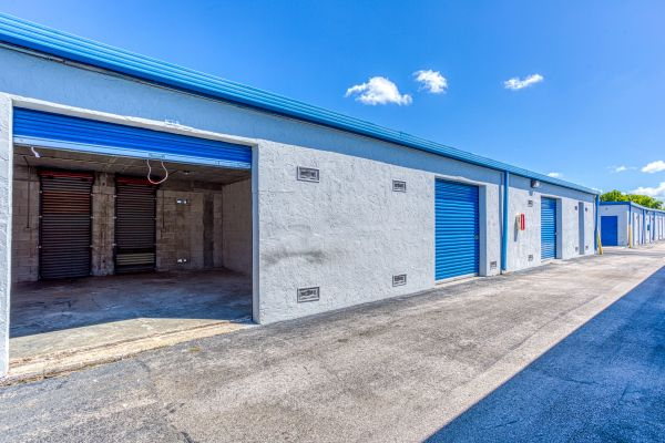 Storage Sense - Hallandale Beach 450 Ansin Boulevard Hallandale Beach, FL - Photo 8