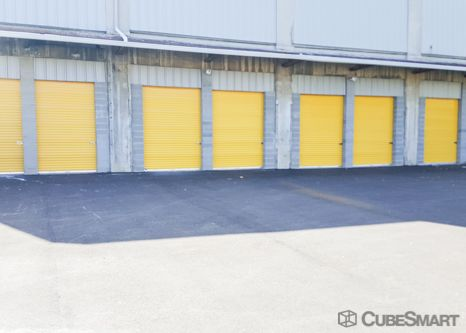 CubeSmart Self Storage - Cincinnati - 814 Dellway St 814 Dellway Street Cincinnati, OH - Photo 3