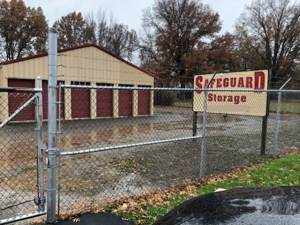 Safeguard Storage 2134 Harlansburg Rd New Castle, PA - Photo 2