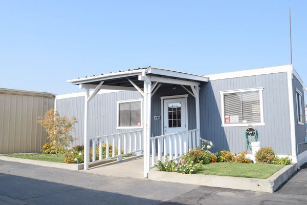 Safeguard Storage South 450 East Almond Avenue Madera, CA - Photo 2