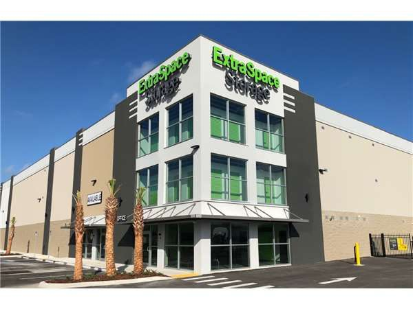 Extra Space Storage - Tampa - 10110 Anderson Rd 10110 Anderson Road Tampa, FL - Photo 6