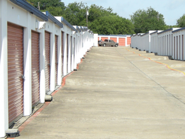 American Harbor Self Storage 7227 South R. L. Thornton Freeway Dallas, TX - Photo 3