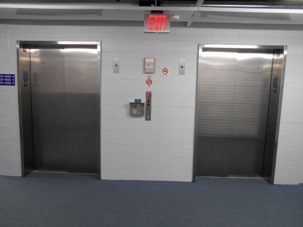 The Lock Up Self Storage - Skokie Hwy 990 Skokie Boulevard Northbrook, IL - Photo 1