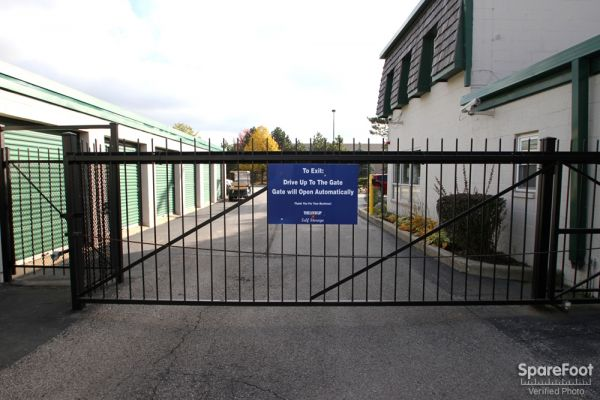 The Lock Up Self Storage - Northbrook 2600 Old Willow Road Northbrook, IL - Photo 2