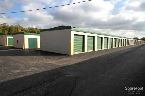 The Lock Up Self Storage - Northbrook 2600 Old Willow Road Northbrook, IL - Photo 4