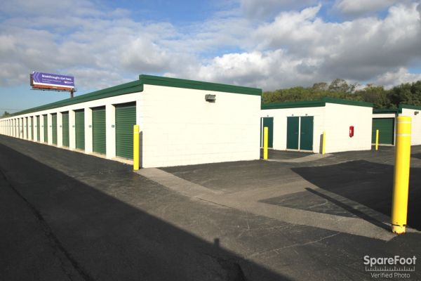 The Lock Up Self Storage - Northbrook 2600 Old Willow Road Northbrook, IL - Photo 5