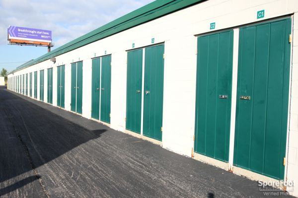 The Lock Up Self Storage - Northbrook 2600 Old Willow Road Northbrook, IL - Photo 8