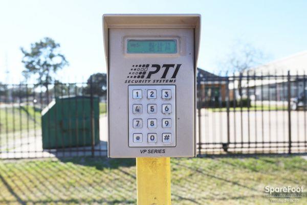 Neighborhood Self Storage 12610 Tanner Road Houston, TX - Photo 4