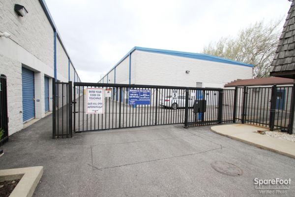 The Lock Up Self Storage - River Grove 1820 North 1st Avenue River Grove, IL - Photo 4