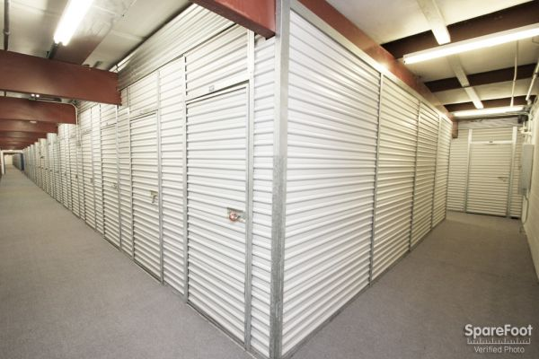 The Lock Up Self Storage - River Grove 1820 North 1st Avenue River Grove, IL - Photo 10