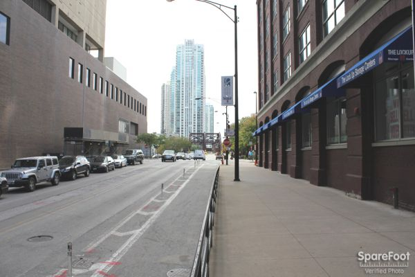 The Lock Up Self Storage - Kinzie 350 West Kinzie Street Chicago, IL - Photo 4