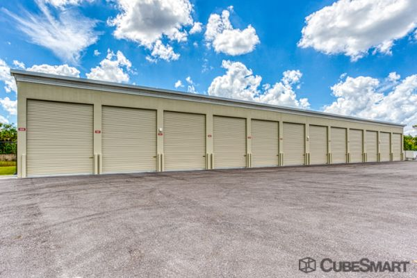 CubeSmart Self Storage - Fort Myers - 10688 Colonial Blvd 10688 Colonial Boulevard Fort Myers, FL - Photo 2