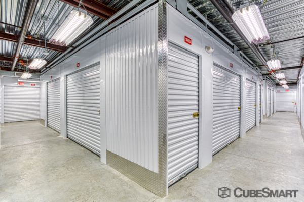CubeSmart Self Storage - Fort Myers - 10688 Colonial Blvd 10688 Colonial Boulevard Fort Myers, FL - Photo 4