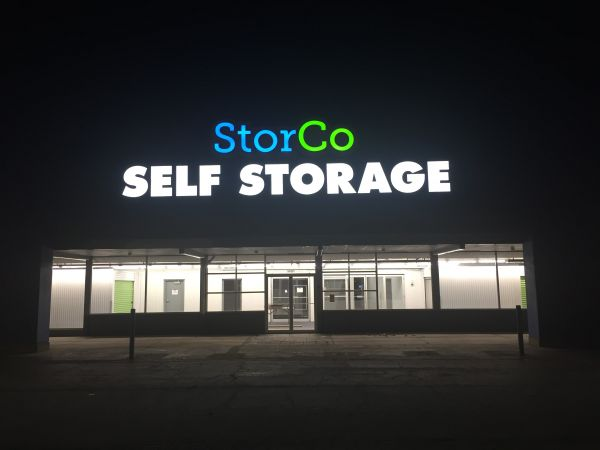 Storco Storage 1401 Vaughn Road Wood River, IL - Photo 2