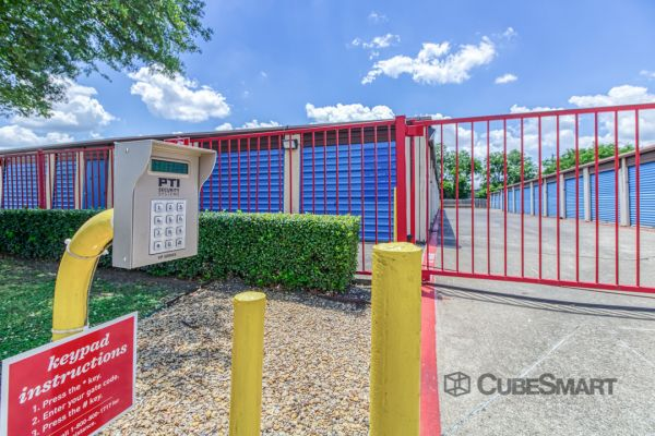 CubeSmart Self Storage - Rowlett 5250 Grisham Drive Rowlett, TX - Photo 1