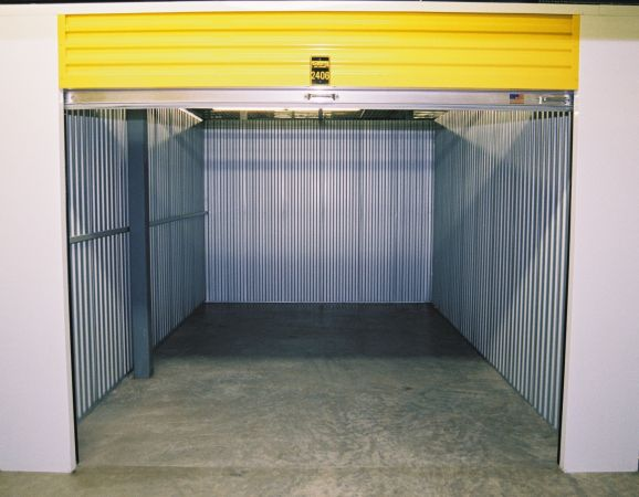 Safeguard Self Storage - Chicago - Edison Park 6244 North Northwest Highway Chicago, IL - Photo 3