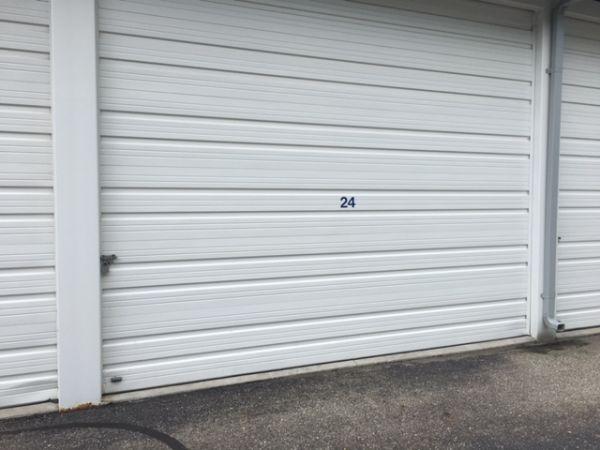 Mini Maxi Large door 43683 North Gratiot Avenue Clinton Township, MI - Photo 1