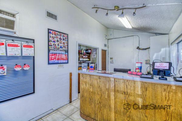 CubeSmart Self Storage - Phoenix - 4010 West Indian School Rd 4010 West Indian School Road Phoenix, AZ - Photo 4