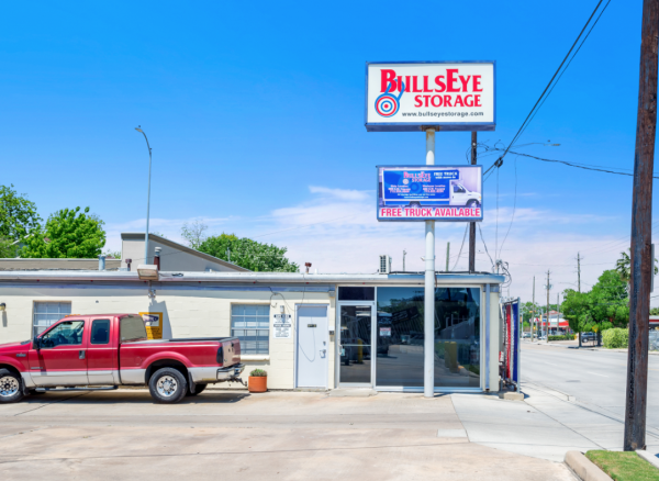 Bullseye Storage - Houston - Airline 1715 Airline Drive Houston, TX - Photo 8