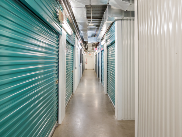Bullseye Storage - Houston - West Dallas 3200 West Dallas Street Houston, TX - Photo 1