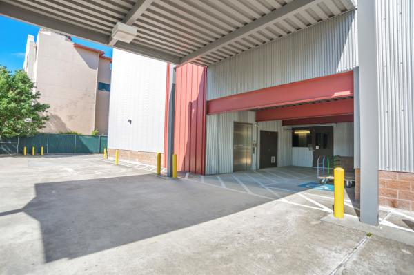 Bullseye Storage - Houston - West Dallas 3200 West Dallas Street Houston, TX - Photo 6