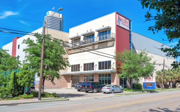 Bullseye Storage - Houston - West Dallas 3200 West Dallas Street Houston, TX - Photo 11