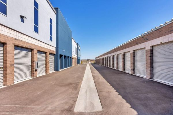 Life Storage - Gilbert - 892 South Higley Road 892 South Higley Road Gilbert, AZ - Photo 1