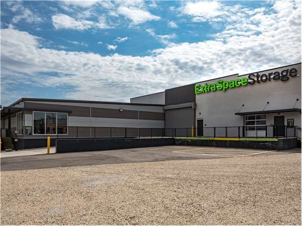 Extra Space Storage - St Louis - Vandeventer Ave 722 South Vandeventer Avenue St. Louis, MO - Photo 0