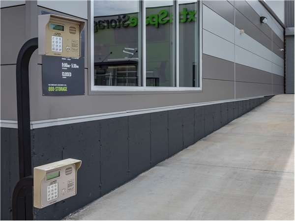 Extra Space Storage - St Louis - Vandeventer Ave 722 South Vandeventer Avenue St. Louis, MO - Photo 5
