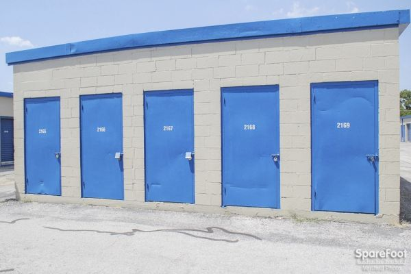 Watson & Taylor Self Storage - Garland 4417 Forest Lane Garland, TX - Photo 5