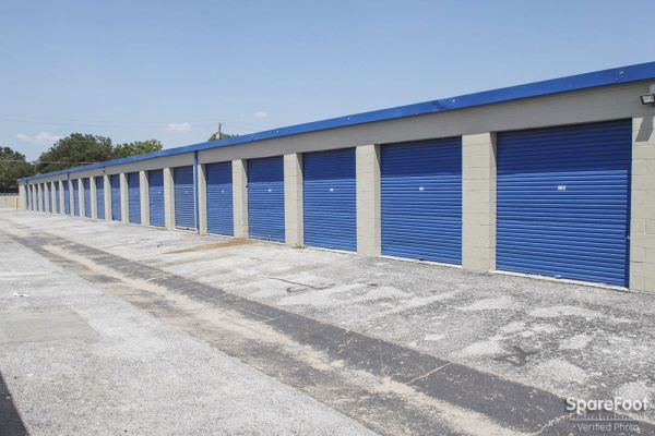Watson & Taylor Self Storage - Garland 4417 Forest Lane Garland, TX - Photo 7