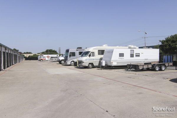 Watson & Taylor Self Storage - Belt Line 4015 Belt Line Road Addison, TX - Photo 6