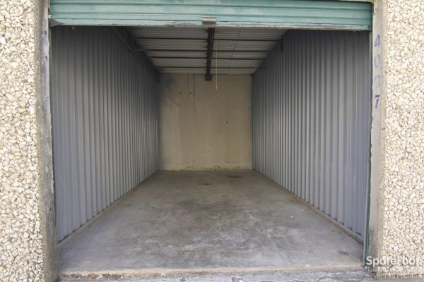 Watson & Taylor Self Storage - Belt Line 4015 Belt Line Road Addison, TX - Photo 8