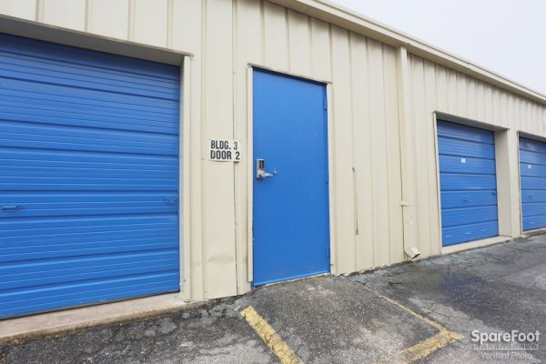Watson & Taylor Self Storage - Little York 300 East Little York Road Houston, TX - Photo 5