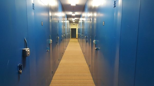 National Storage Centers - Bloomfield East 800 Martin Luther King Junior Boulevard South Pontiac, MI - Photo 2