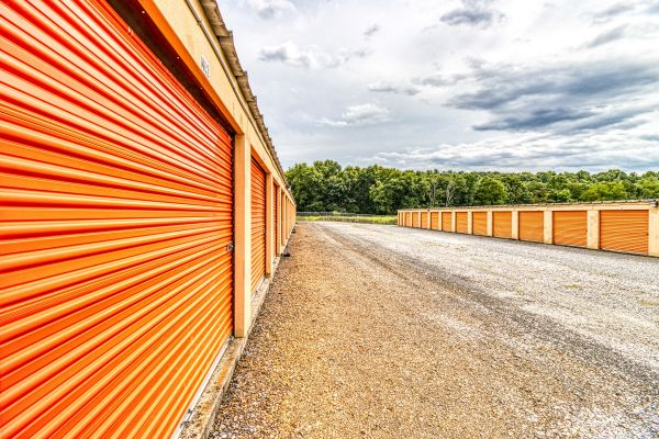 Ideal Self Storage - Sunbury, Snydertown Rd 1450 Snydertown Road Sunbury, PA - Photo 2