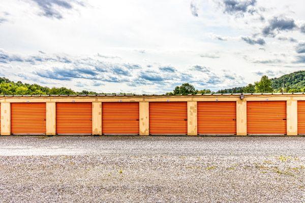 Ideal Self Storage - Sunbury, Snydertown Rd 1450 Snydertown Road Sunbury, PA - Photo 3