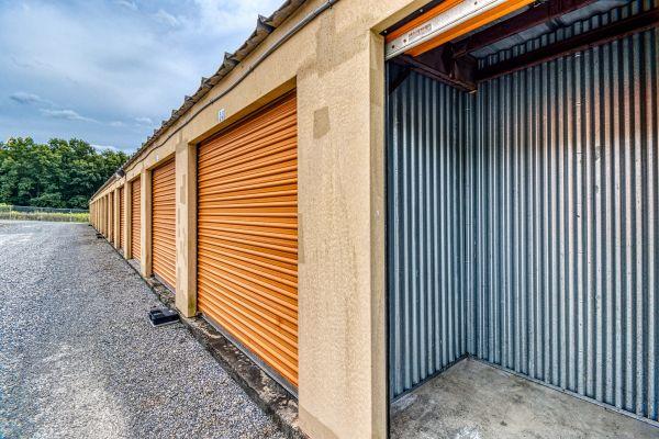 Ideal Self Storage - Sunbury, Snydertown Rd 1450 Snydertown Road Sunbury, PA - Photo 4