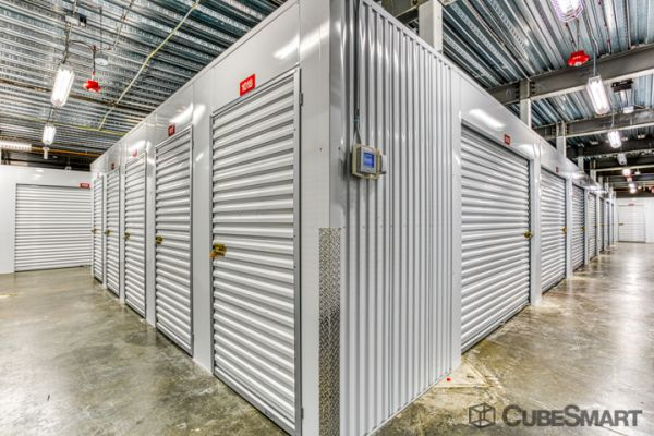 CubeSmart Self Storage - Miami - 19301 W Dixie Hwy 19301 W Dixie Hwy Miami, FL - Photo 2